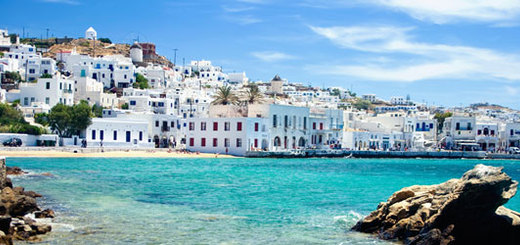 It's the perfect summer to visit Greece!